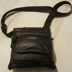 08c953179c Tyler Rodan Bags - Tyler Rodan Woodway Cross-body Bag Purse